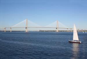 "<alt=""sail boat""/>"