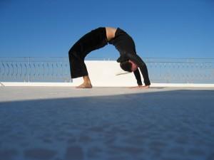 """<alt=""""yoga""""/>"""